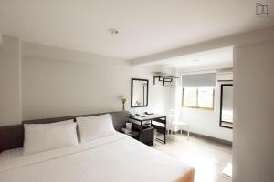 154197207 Nana City Hotel กรุงเทพ