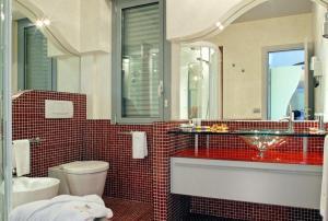 Hotel Waldorf- Premier Resort, Hotely  Milano Marittima - big - 46