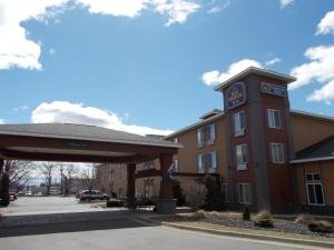 Nearby hotel : Best Western Plus Coldwater Hotel