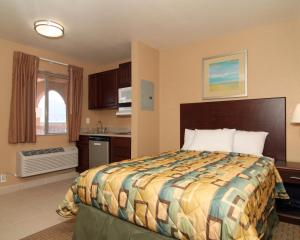 Suburban Extended Stay Hotel Alamogordo, Hotel  Alamogordo - big - 9