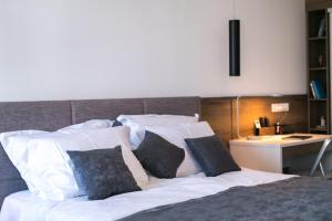 A Picture of Apartments Del Molo