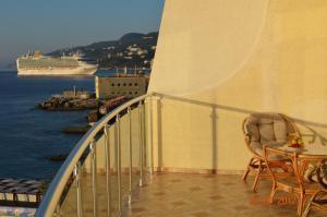 Korall Hotel, Hotely  Yalta - big - 45