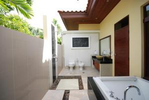 Les Palmares Villas, Курортные отели  Банг Тао Бич - big - 25