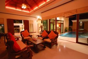 Les Palmares Villas, Курортные отели  Банг Тао Бич - big - 33