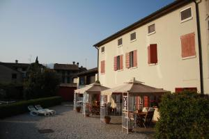 Nearby hotel : B&B Pleris