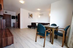 Apartment Miroslava, Apartments  Sunny Beach - big - 1