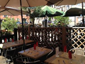 Balcony/terrace Hotel Restaurant Le Brochet