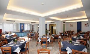 Hotel Leone, Szállodák  Sorrento - big - 92