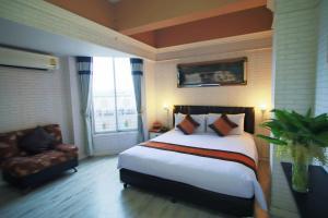 158030933 โรงแรมโตเกียวเวนเดอร์ เชียงใหม่