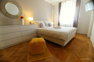 A Picture of Westcity apartment Rijeka
