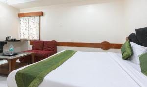 Discount Hotel Omni Palace