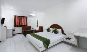 Hotel Omni Palace Reviews