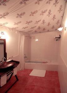 Reviews V Resorts Jhalamand Garh Jodhpur