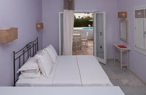 Ammos Naxos Exclusive Apartments & Studios, Apartmánové hotely  Naxos Chora - big - 51