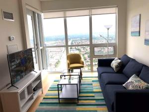 A Picture of Luxurious Condo in Down Town Mississauga
