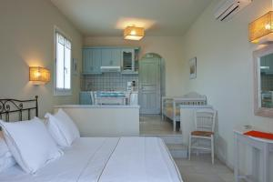 Ammos Naxos Exclusive Apartments & Studios, Apartmánové hotely  Naxos Chora - big - 67
