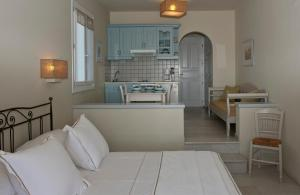 Ammos Naxos Exclusive Apartments & Studios, Apartmánové hotely  Naxos Chora - big - 31