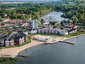Kuhnle-Tours Hafendorf Müritz