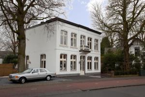 Villa Johanna, Апартаменты  Хилверсум - big - 19