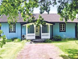 Three Bedroom Holiday Home in Langaryd