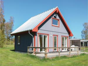 Two Bedroom Holiday Home in Lottorp