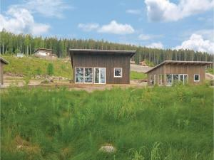 Two Bedroom Holiday Home in Bjuraker