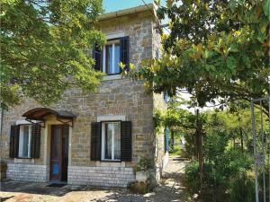 Two Bedroom Holiday Home in Dekani