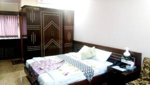 Sultan Restaurant & Guest House