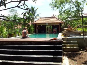 Medori Putih Homestay, Проживание в семье  Улувату - big - 1