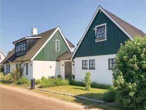 Two Bedroom Holiday Home in Hollviken