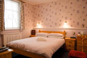 The Langham, Bed & Breakfasts  Weymouth - big - 4