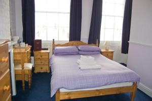 The Langham, Bed & Breakfasts  Weymouth - big - 21
