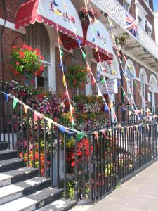 The Langham, Bed & Breakfasts  Weymouth - big - 44