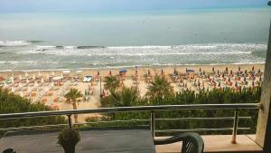 Beachfront Apartments 180° Seaview