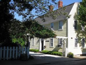 Admiral Farragut Inn - Accommodation - Newport