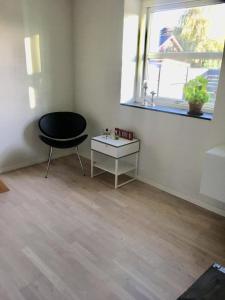 Lyst værelse med eget bad