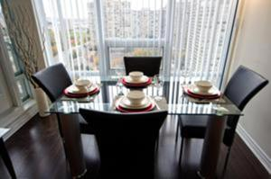 Urban Furnished Suites Mississauga