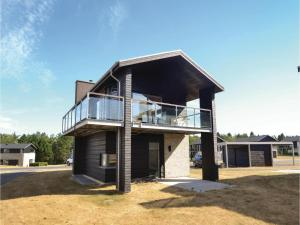 Two Bedroom Holiday Home in Nimtofte