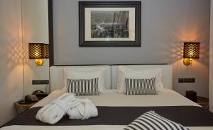 Афины - Athenian Riviera Hotel& Suites