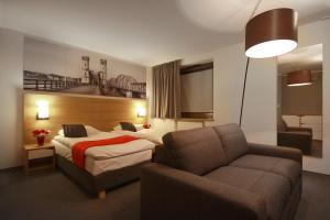 Link Hotel