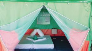 Koh Ngai Camping Restaurant @ Bar