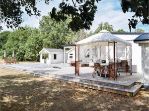 A Picture of Three Bedroom Holiday Home in Lottorp