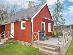 One Bedroom Holiday home in Götene