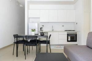 Luxury Beach Apartment on Ben Yehuda