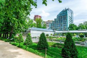 Москва - Garden Embassy Hotel