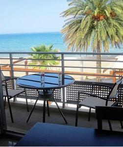 4S Beach Apartments