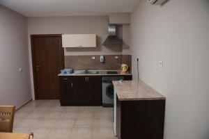 Kiara Apartments, Apartments  St. St. Constantine and Helena - big - 29