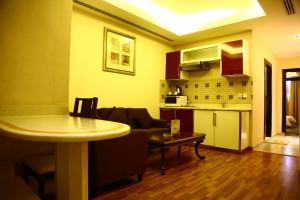Sanam Hotel Suites - Riyadh, Апарт-отели  Эр-Рияд - big - 3