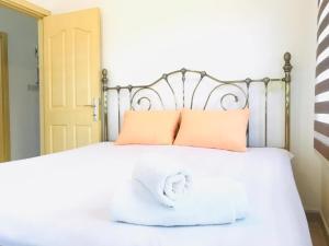 Girne de Denize sıfır Luxury 3 Odalı Apartment Emarald Bay