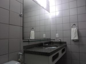 Flat Via Venetto Meirelles, Apartmány  Fortaleza - big - 17